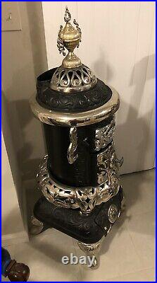 Acme Oak 262 Deluxe Antique Cast Iron Victorian Wood/coal Burning Parlor Stove