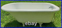 Antique American Cast Iron 54 Bathtub w Claw Feet Ready to Go! Faucet Nozzle