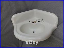 Antique Cast Iron White Porcelain Corner Sink Vintage Bathroom Plumbing 1596-16