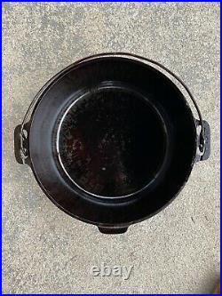 Antique Griswold #10 Cast Iron Tite-top Dutch Oven