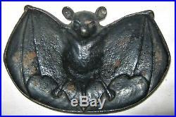 Antique Primitive Bradley Hubbard Cast Iron Winged Bat Card Key Coin Art Tray Us