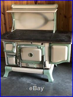 Antique Range Copper Clad Cast Iron Stove Malleable Range co St Louis White Grn