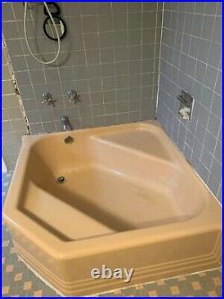 Antique retro vintage Cinderella bathtub with sink and toilet, excellent shape
