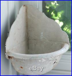 Old Antique Shabby Cast Iron CORNER LAVABO Sink Wall Planter Garden Fountain