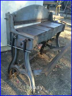 PECK STOW & WILCOX 36 Vintage Shear Cast Iron Antique Machine Legs Steam Punk