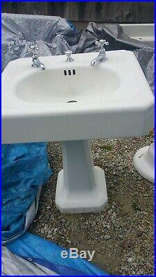 Rare Antique Vintage Pedestal Porcelain Cast Iron Sink