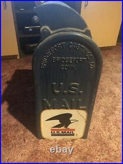 Vintage Antique Original USPS Postal Service Mailbox Letter Drop Cast Iron Box