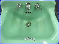 Vtg Cast Iron Jadeite Ming Green Porcelain MCM Bathroom SInk Towel Bars 25-19E