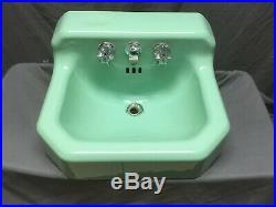 Vtg Mid Century Art Deco Jadeite Green Porcelain Old Cast Iron Bath Sink 46-19E